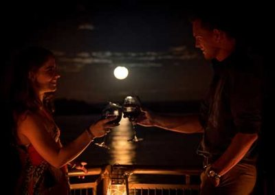 Romantic moments at Old Drift Lodge
